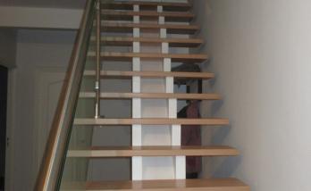 Escalier sur mesure, main courante inox-verre à Sausheim