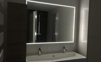 Salle de bain, miroir rétro-éclairé, Mulhouse