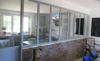Verrière atelier entre cuisine et séjour à Rixheim